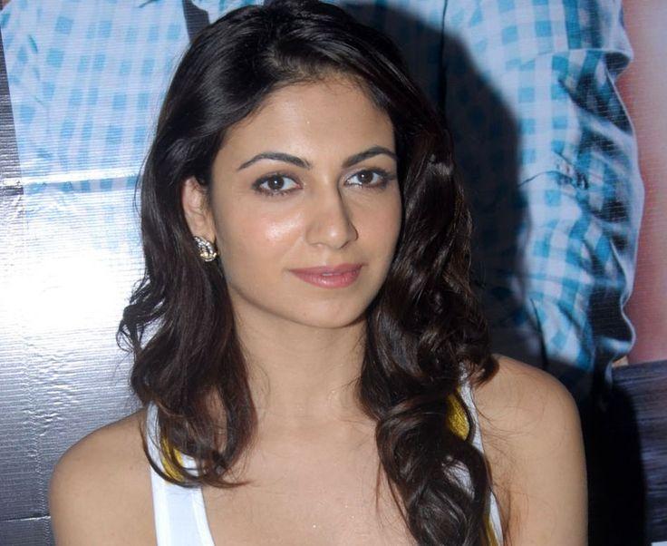 awesome South Indian Actress Simran Kaur Stills
