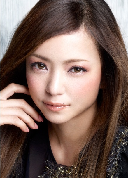 """Cool On"" Look, Namie Amuro for Esprique (Kose)"