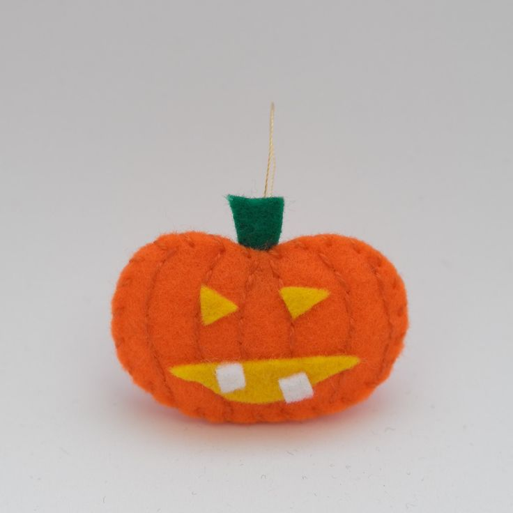 Quasimodo pumpkin - orange ornament, orange decor, hanging ornament, autumn decoration, felt decor - by HalloweenOrChristmas on Etsy