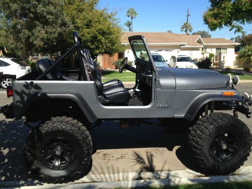"""Find used CJ7 Lifted Matte Grey Jeep 1980 38x15.5x18"""" Nitto & XD Series - Corbeau Seats in Coronado, California, United States, for US $10,000.00"""