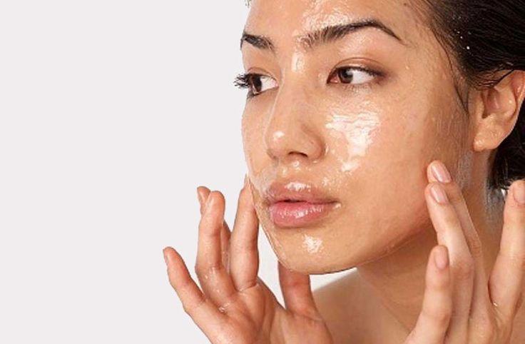 Μπορεί να θέλετε το πρόσωπό σας να δείχνει εκθαμβωτικό, νεανικό και σφριγηλό, αλλά δεν θέλετε να κάνετε χειρουργική επέμβαση ή ακριβές θεραπείες. Δείτε λοιπόν έναν γρήγορο τρόπο για να κάνετε ένα facelift σε ένα λεπτό και 3 εύκολα βήματα. Το δέρμα σας αφού εφαρμόσετε την συσφικτική φυσική μάσκα προσώπου, θα φαίνεται πιο σφικτό, τονωμένο και […]Το άρθρο Συσφικτική φυσική μάσκα προσώπου δημοσιεύθηκε στο Beauté την Κυριακή.