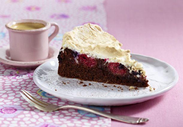 Unser beliebtes Rezept für Kokos-Sommerbeeren-Kuchen und mehr als 55.000 weitere kostenlose Rezepte auf LECKER.de.