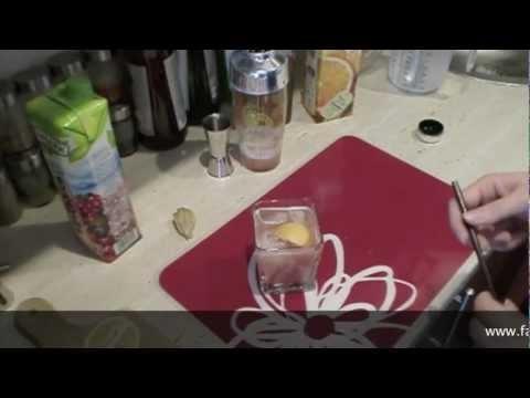 Pijany żuraw - prosty i smaczny drink z whisky. Mam swój wkład w ten drink, jestem autorem jego błyskotliwej nazwy;)