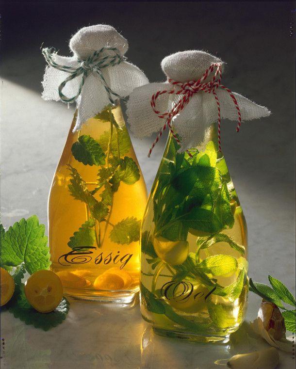 Würzessig und Öl Rezept | LECKER