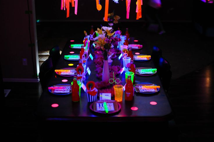best 25 neon birthday parties ideas on pinterest neon glow dancing in the dark and. Black Bedroom Furniture Sets. Home Design Ideas