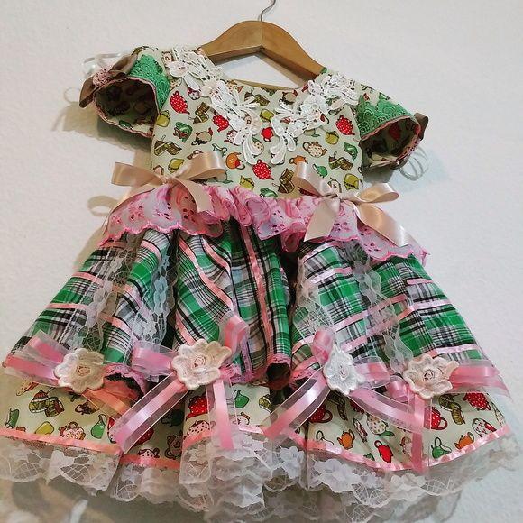 Vestido de Festa Junina. Tamanho 2 anos.