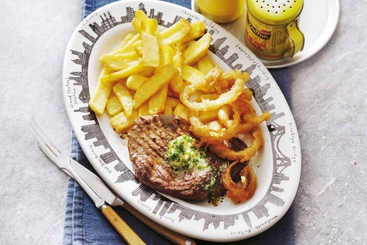 Kijk wat een lekker recept ik heb gevonden op Allerhande! Steak met gefrituurde uienringen