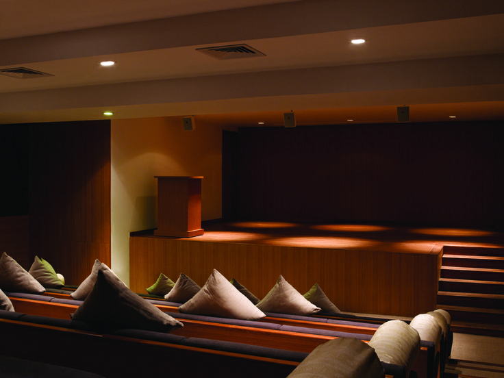 Watch a film while being cozied at the same time at the Amphitheater #AlilaDiwaGoa #Luxury