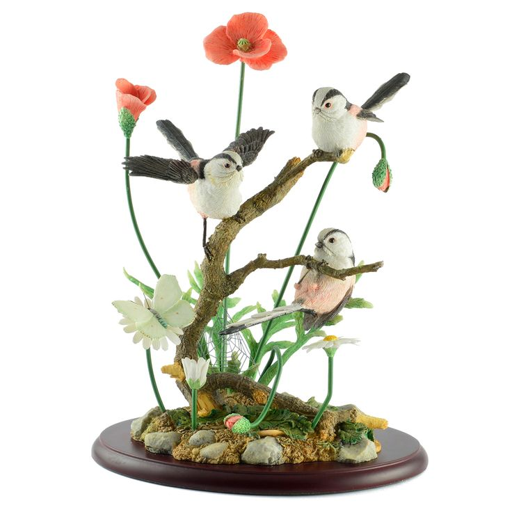 We stock a wide range of Country Artists figurines including this Captured Moment ornament - Same day despatch and excellent service as standard