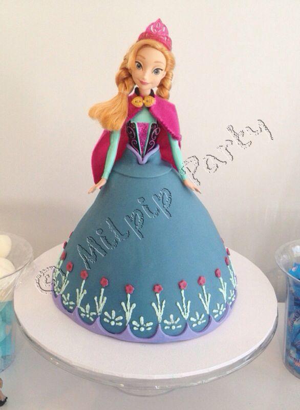 Frozen Ana Doll Cake