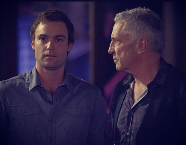 Offspring season 3 - Darcy and Patrick. Poor Patrick was crushed when he saw Nina with Adam :(