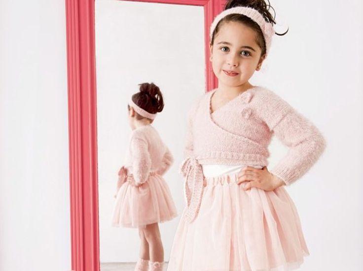 DIY-Anleitung: Jacke, Stirnband und Stulpen für kleine Ballerinas stricken via DaWanda.com