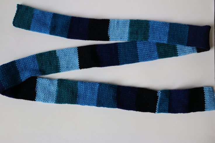 Skinny double-knit scarf by MaureyKnits on Etsy https://www.etsy.com/ca/listing/501870015/skinny-double-knit-scarf