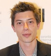 Aussie Benedict Samuel (Underground: The Julian Assange Story, Home and Away) has signed with William Morris Endeavor (WME)!