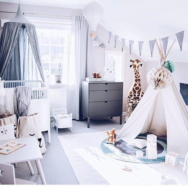 Instagram media by kids_interior1 - ✨ Cred: @tildabjarsmyr ✨#barnerom #kidsroom #barneromsinspirasjon #barneromsinspo #barneromsinteriør #kidsinterior #interior #interiør
