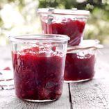 Rabarber och jordgubbssylt - Recept