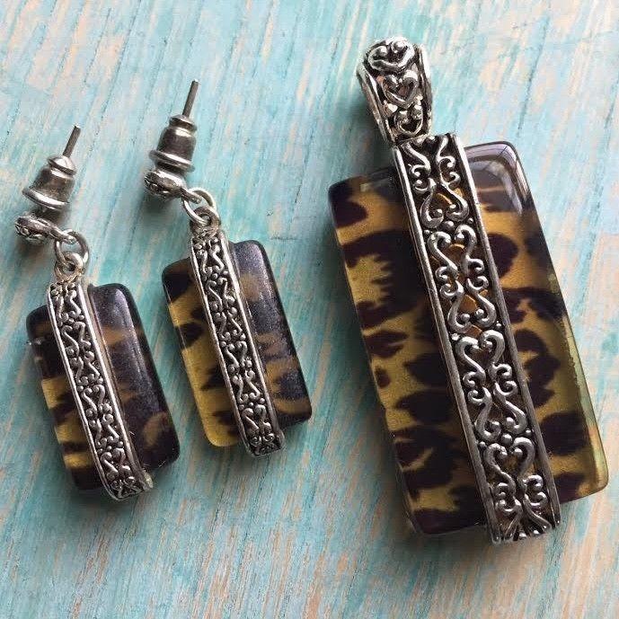 Glass & Antique Silver Animal Print Earrings & Necklace Pendant Set  | eBay