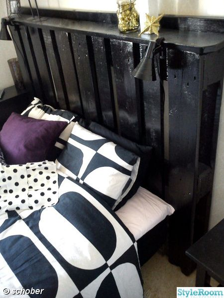 like the painted black, will go with bedroom decor. can you put too much pallet furniture in your house???? yes!