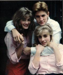 Siblings Julia Roberts, Eric Roberts and Lisa Roberts Gillian. Eric is the father of actress Emma Roberts.