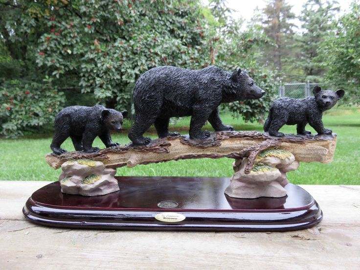 BEAR FAMILY ON LOG Decor black bears resin wood base 13in.x7 in. cottage country
