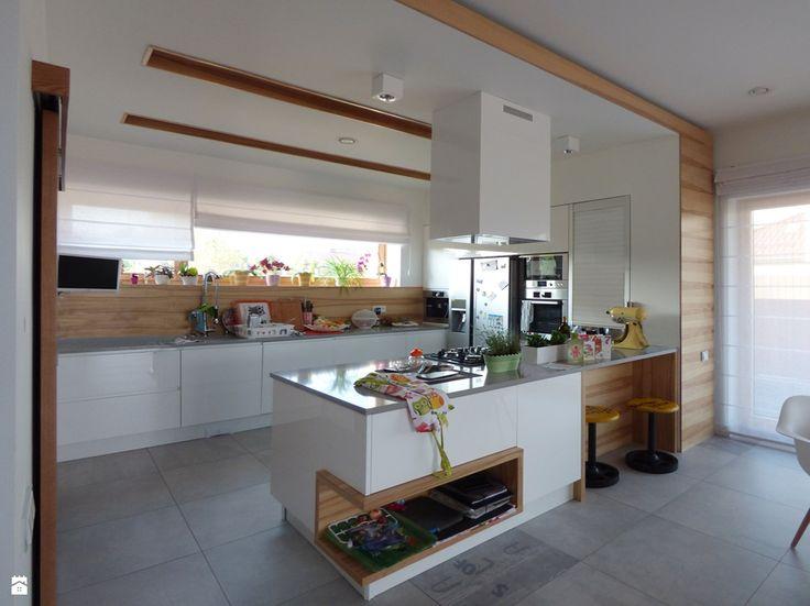 kuchnia z półwyspem - zdjęcie od evarte - Kuchnia - Styl Minimalistyczny - evarte