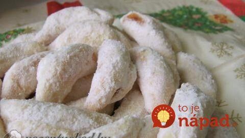 Výborný recept na vianočné rožteky plnené lekvárom, u nás ide doslova o klenot z babičkinej kuchárky. Smotanové cesto je voňavé a výborne sa s ním pracuje.