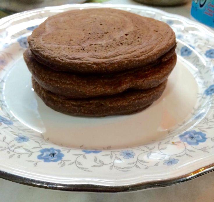 Hotcake avena chocolate Claras de huevo/harina de avena/ cacao amargo / leche de coco
