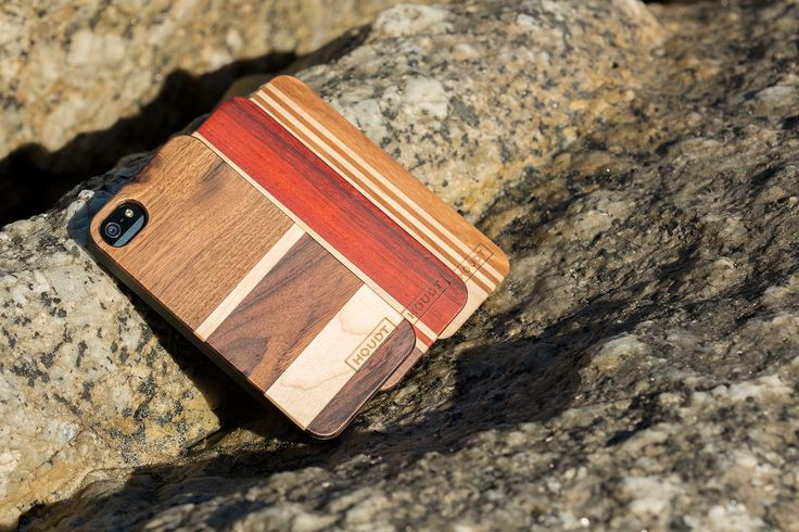 This Houdt Hybrid Cover is made from naturally sleek and velvety smooth Walnut for superior protection and drool-worthiness.   http://www.houdt.co.za/collections/iphone-5/products/iphone-5-5s-houdt-hybrid-walnut-horizon  #Houdt #WoodenPhoneCovers #iPhoneCover #iPhone5Cover #iPhone5sCover