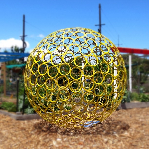 This interesting circular sculpture is located at Veg Out - a community garden located in St Kilda. #Padgram