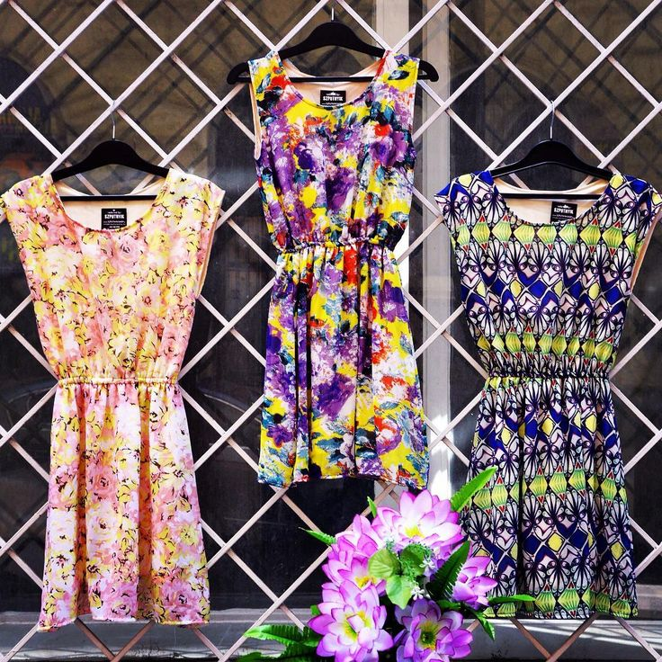 Flower Power 🌸 #newcollection #floral #summer #dress #szputnyikshop #szputnyik #budapest #lady #chic #bright #colours #flowerpower #pink #purple #garden