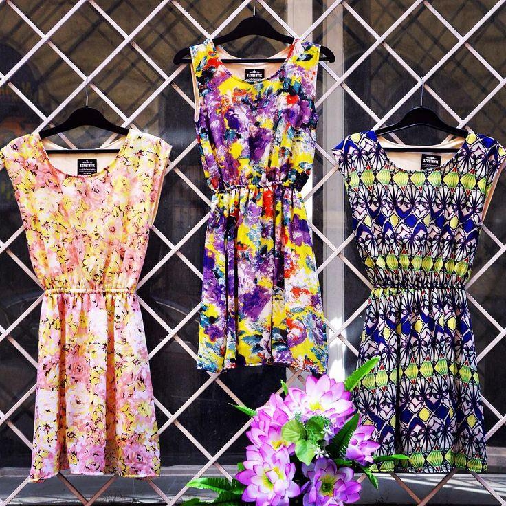 Flower Power 🌸 #newcollection #floral #summer #dress #szputnyikshop #szputnyik #budapest #lady #chic #bright #colours #flowerpower #pink #purple #garden