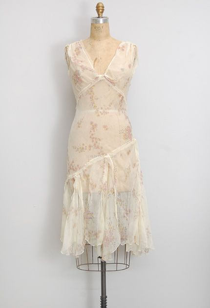 vintage 1920s sheer floral dress - silhouette similar to modern New Look Pattern # 6244