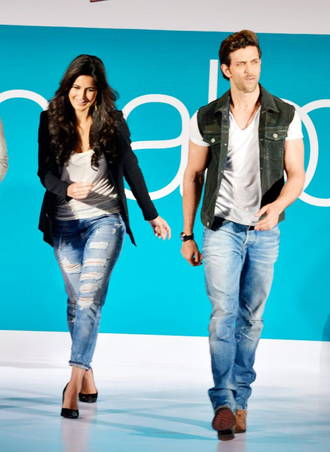 Hrithik Roshan and Katrina Kaif walked the ramp and unveil the Bang Bang inspired collection at Pantaloons' Fashion Show.
