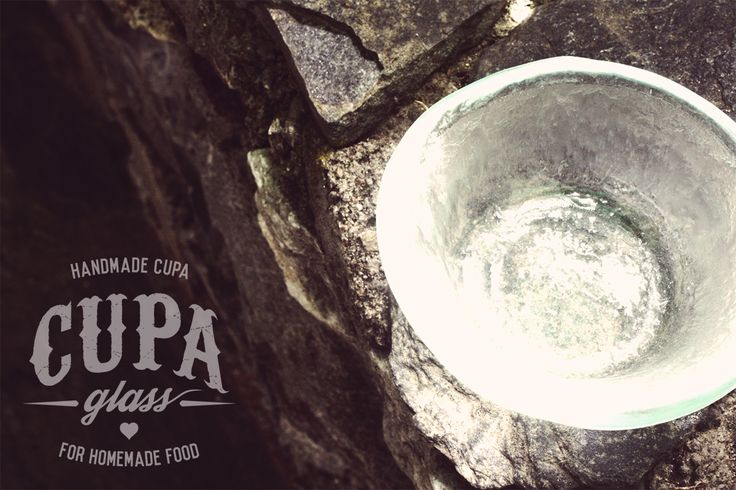 Clear glass bowl, handmade by www.cupa.glass