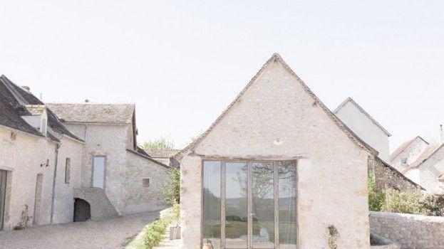 Oude Franse boerderij wordt rustgevend vakantiehuis