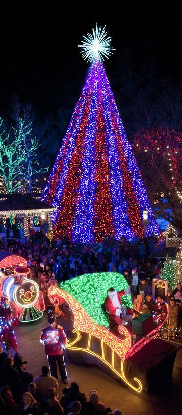 best christmas towns in usa for a memorable winter vacation - Best Places To Spend Christmas In Usa