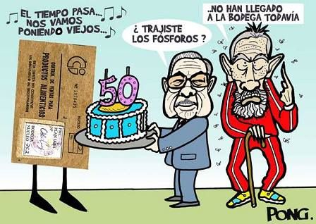 Celebrando el aniversario de la cartilla de racionamiento en Cuba.
