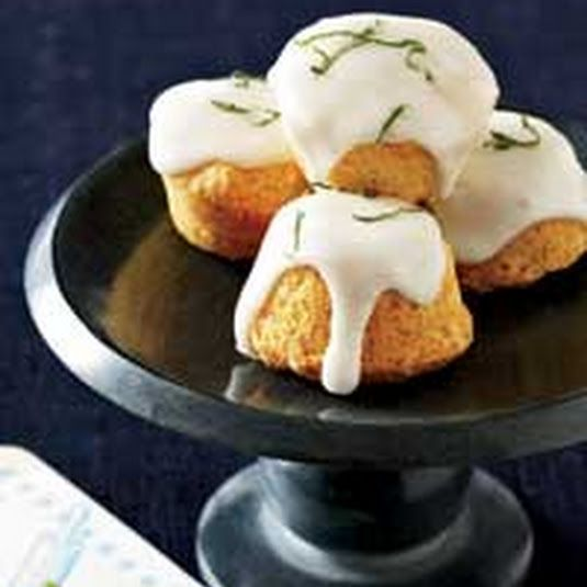 Almond, Elderflower and Lime Travel Cakes