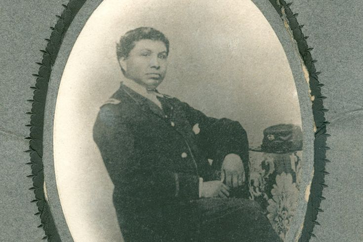 the discrimination of black soldiers during the civil war People like to argue the fact but with the digital age everything is now documented online, there were 40,000 black confederate soldiers who went to every confederate reunion in uniform after the war and were proud to wear the uniforms.