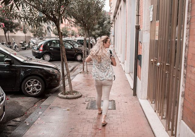 I hurry to catch the train in Italy on way to Cinque Terre  #laspezia #train #hurryup #cinqueterre #italy #summer #vacation #holiday #travel #traveling #blogger #blog #czechblogger #blondie #likeforlike #like4like #pictureoftheday #outfit #ootd #americanstyle #prettylittleiiinspo