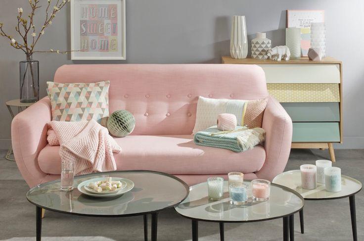 arredo rosa, divano rosa, arredare casa, mobili rosa, pink positive www.homidoo.it/category/ambienti