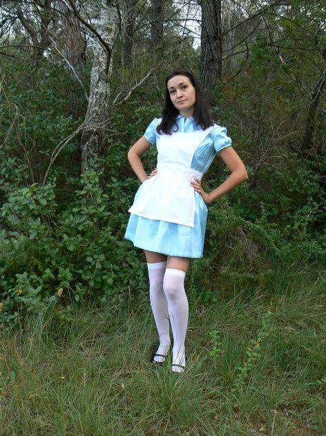 Alice au pays des merveilles par celeste13 - thread&needles