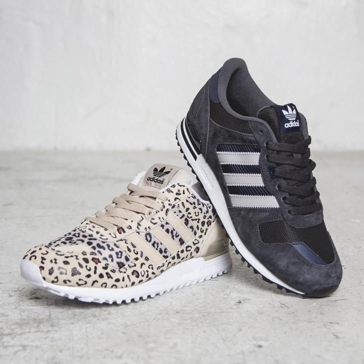 adidas Originals ZX 700 - Order Online at Sneakersnstuff