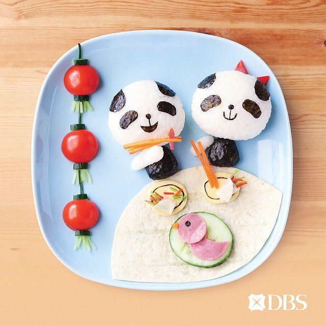 I thought Pandas are supposed to eat bamboos (LOL)?! This Peking duck food art…