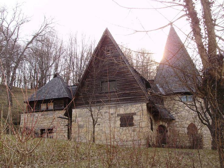 Sztána-Erdély, Varjúvár-Kós Károly háza