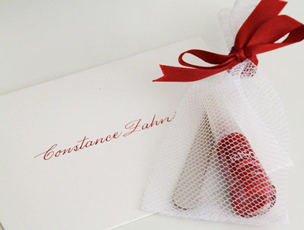 convite-cha-de-lingerie-vermelho-esmalte