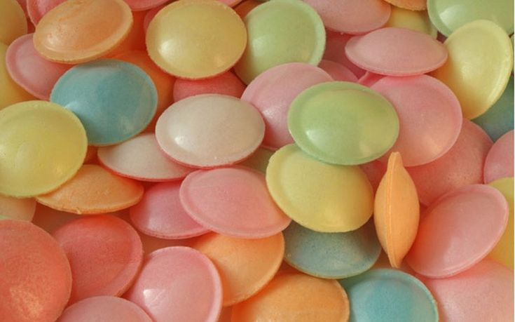 Flying saucers, takes me right back to my childhood :) So glad Shakespeares Tavern in San Diego sells them.
