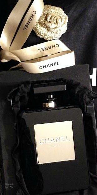 Chanel  BeStayBeautiful. Can't wait to bath my self in it ♡