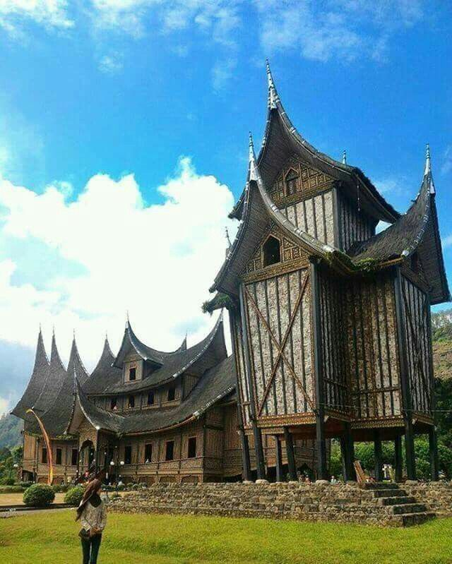 """Rumah Gadang"" traditional house of West Sumatra. INDONESIA #EXPLOREINDONESIA"