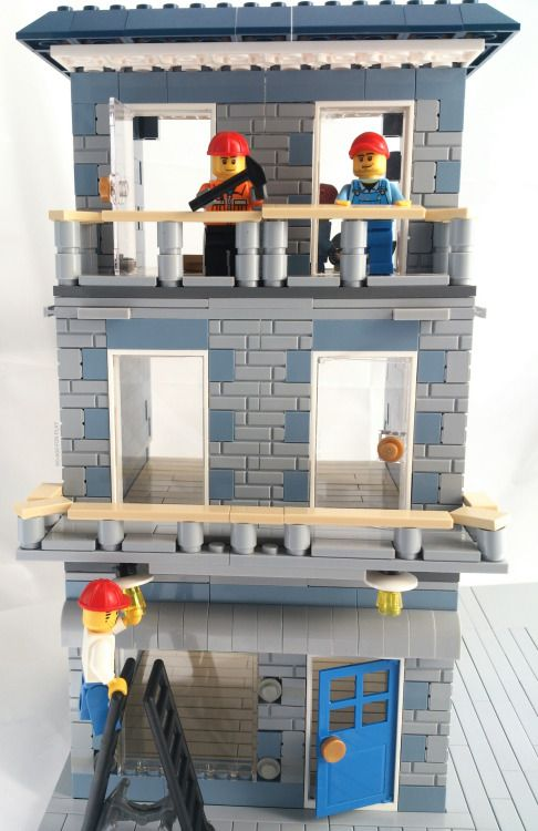 678 best lego modular main street style images on pinterest - Idee construction lego ...